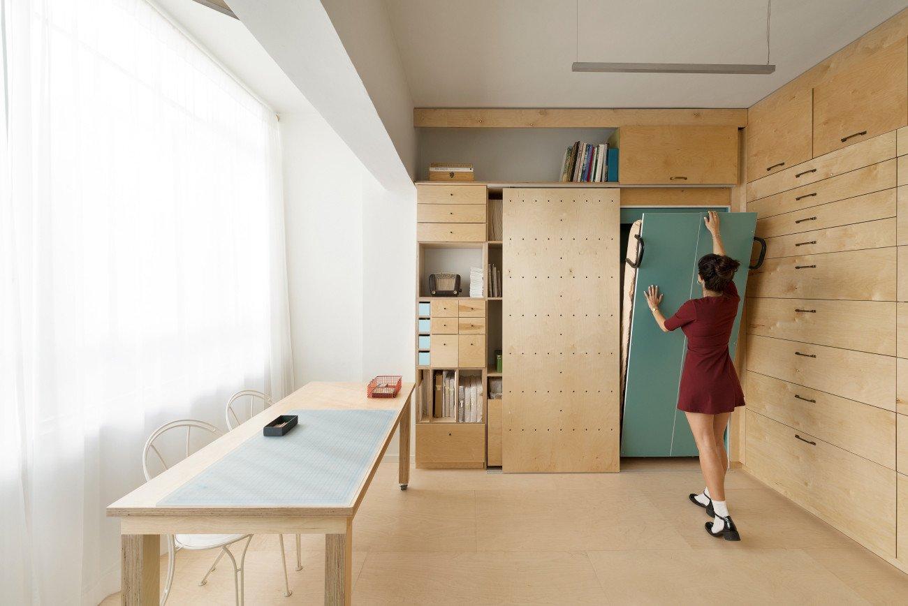 Спальня в однокомнатной квартире функциональная