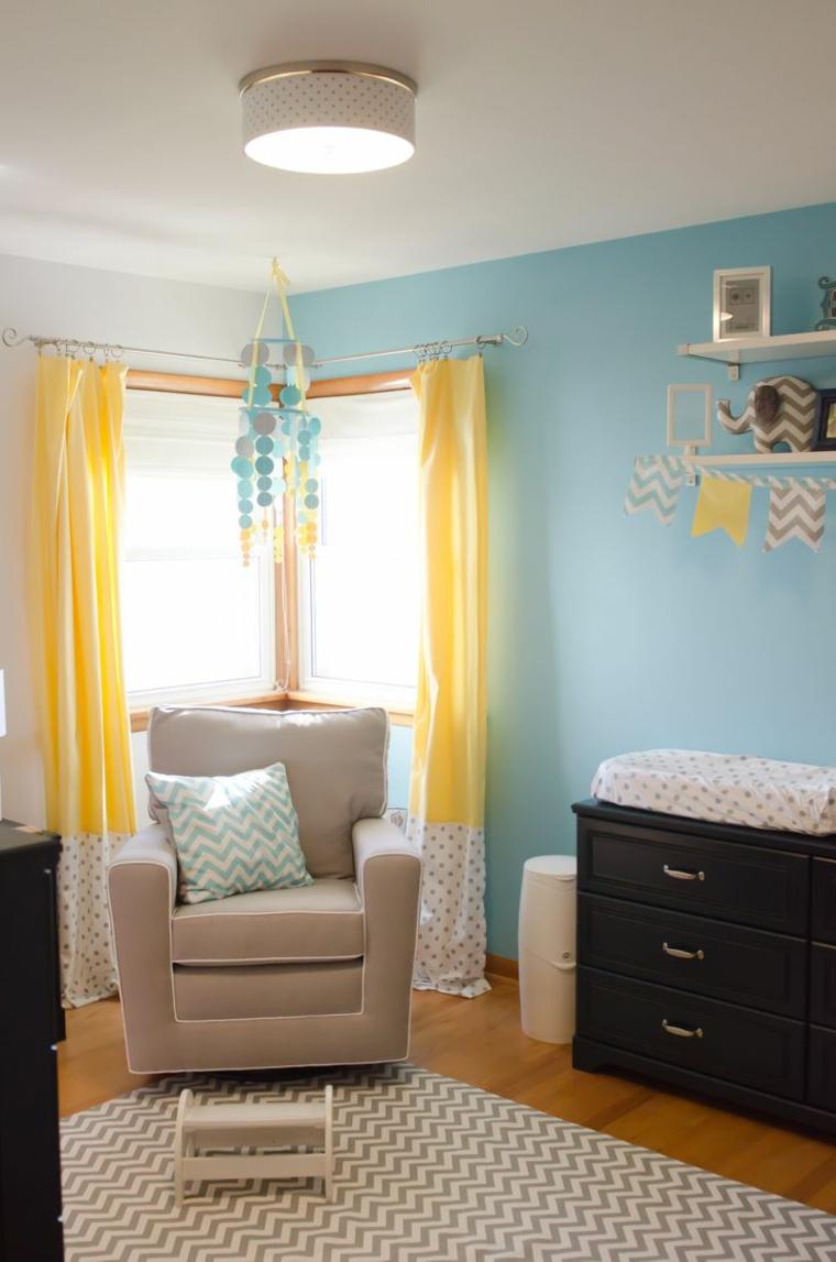 Детская комната для мальчика с геометрическим принтом