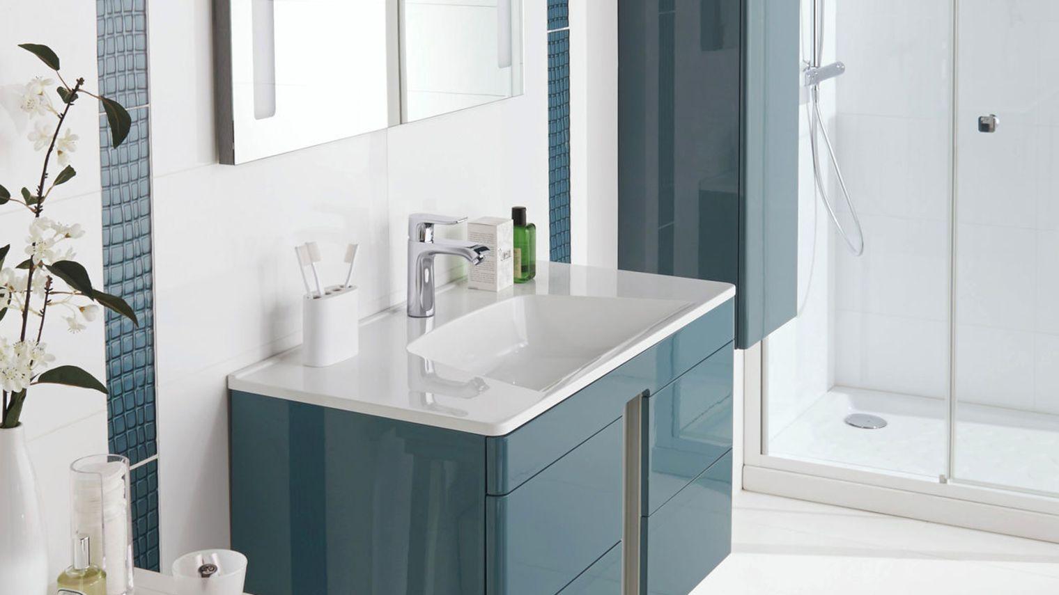 Мебель для ванной глянцевая