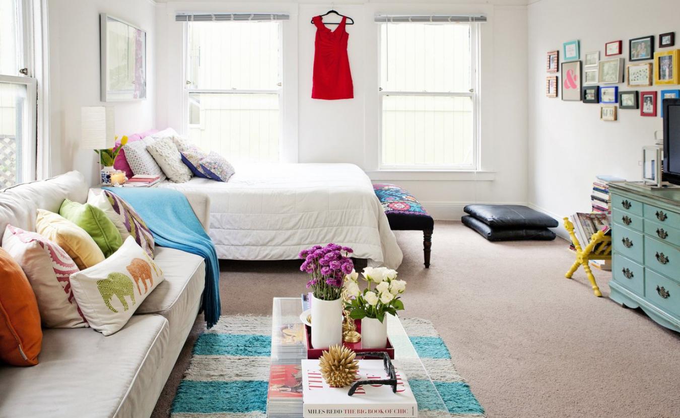 Спальня в однокомнатной квартире в хрущевке