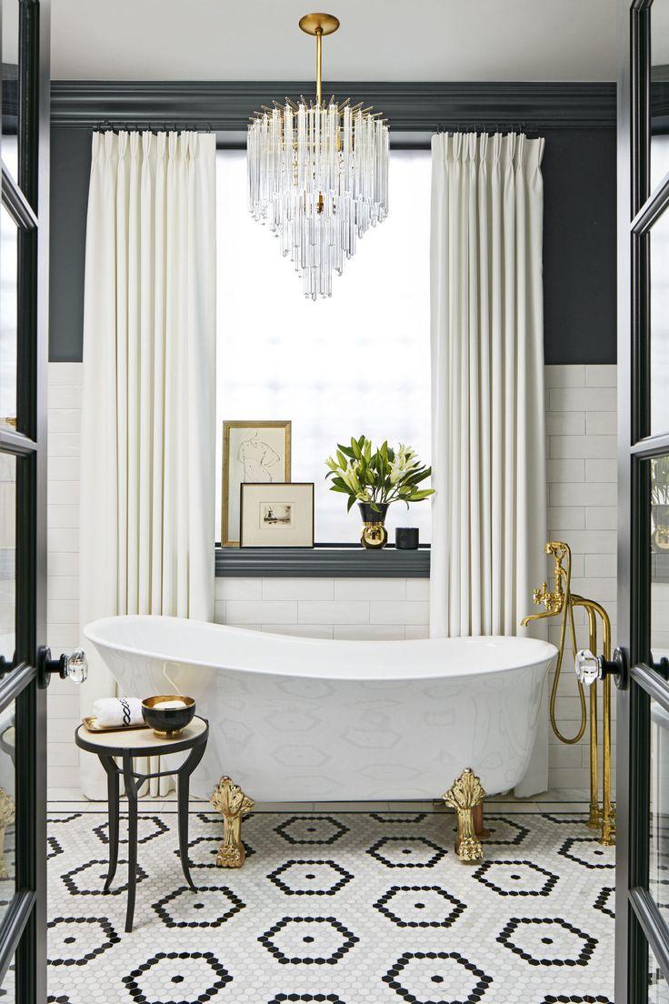Интерьер в черно-белой ванной