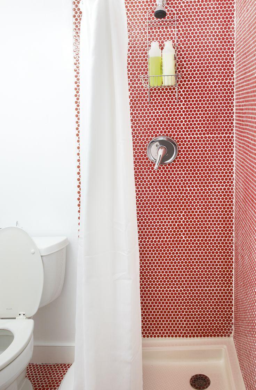 Красный интерьер ванной