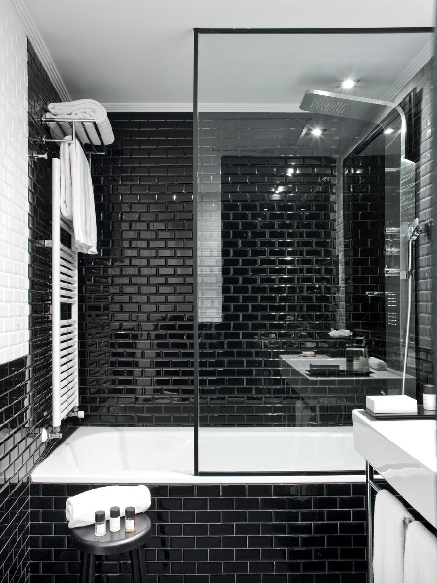 Черно-белая плитка кабанчик