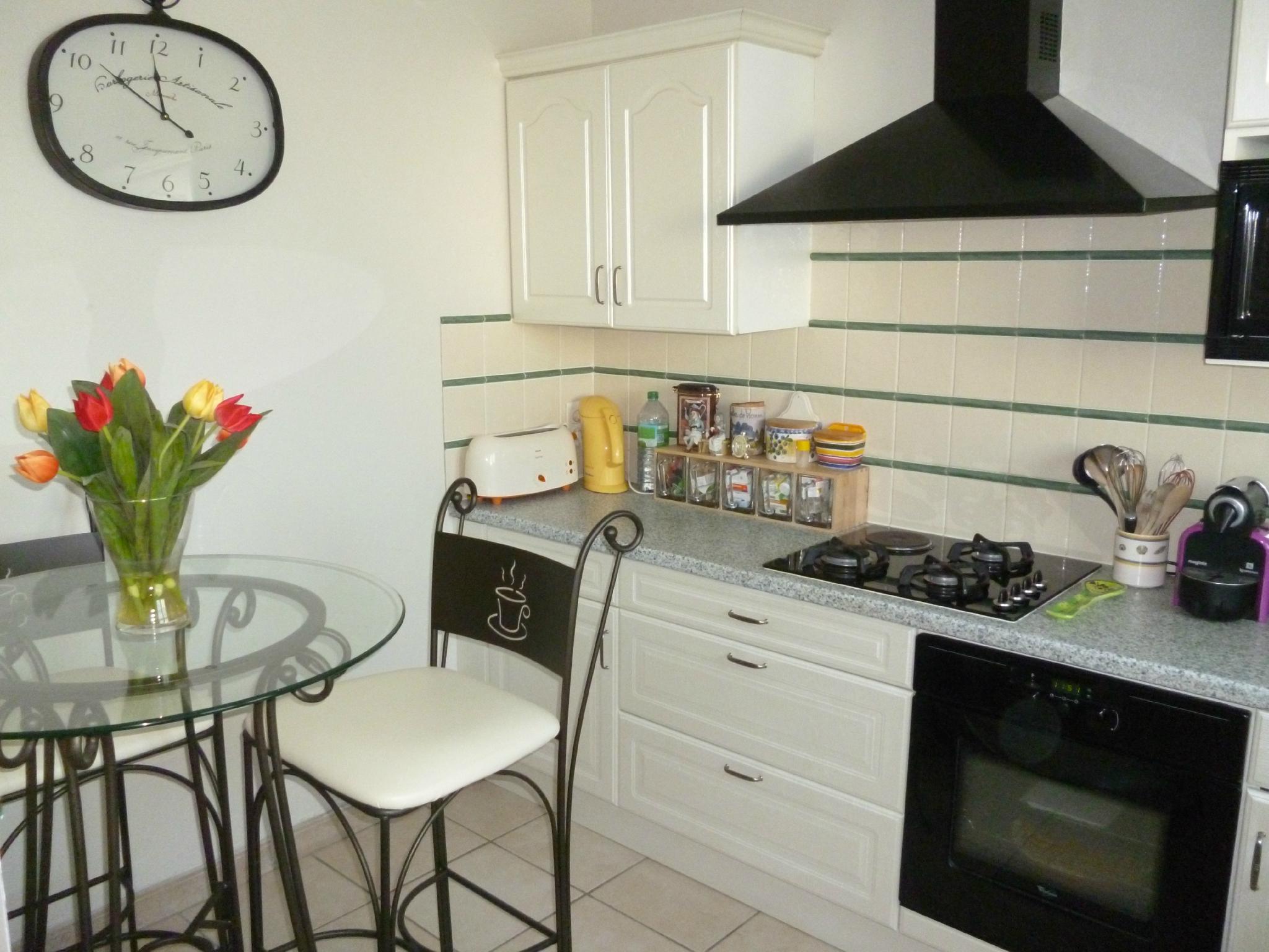 Кухня 9 кв м кованая