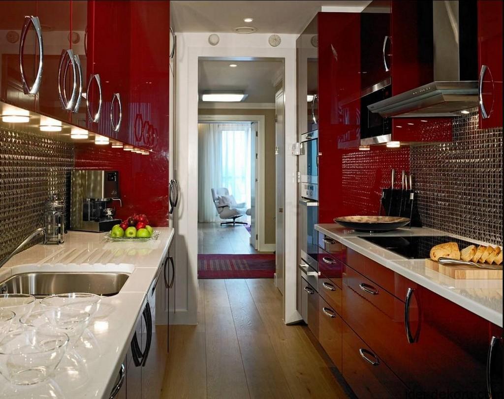 Кухня 9 кв м красная