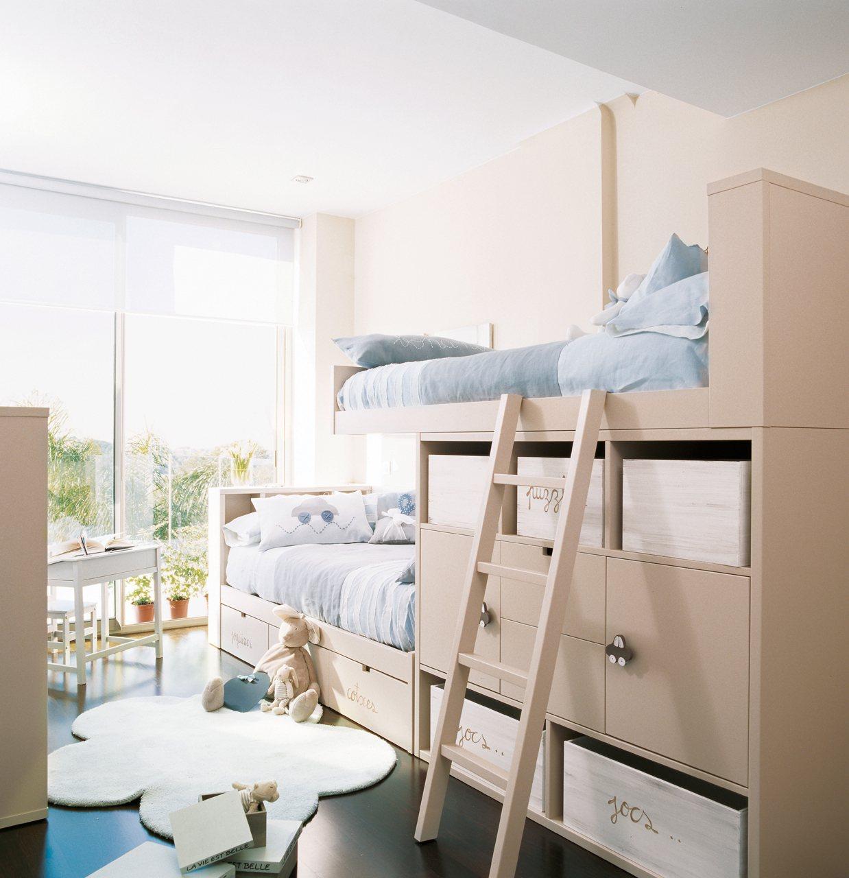 Кровать в детской для мальчика