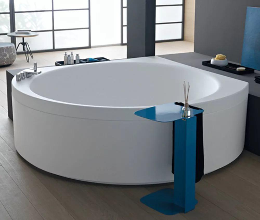 Угловая ванна круглая