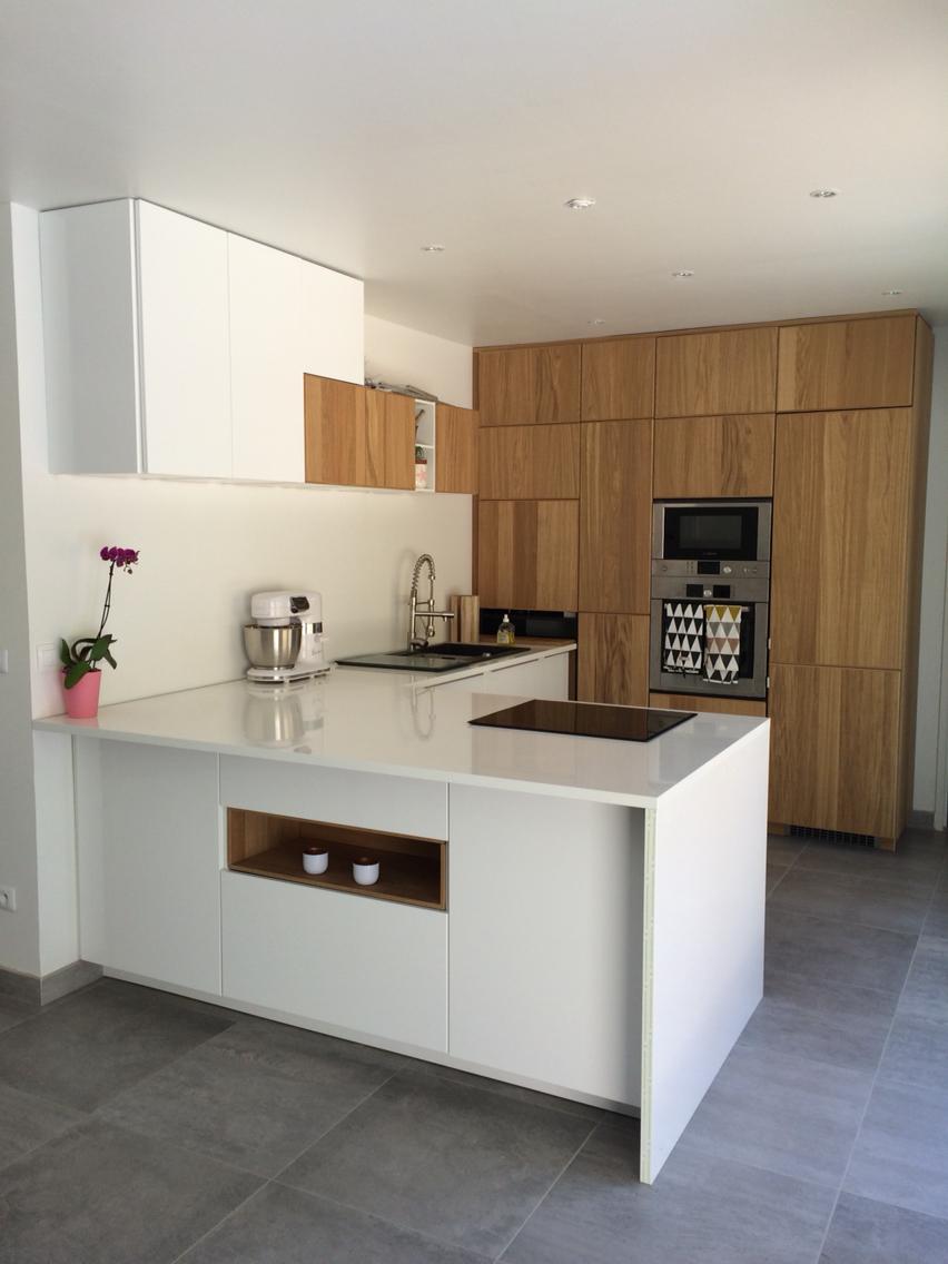 Кухня 9 кв м ламинированная