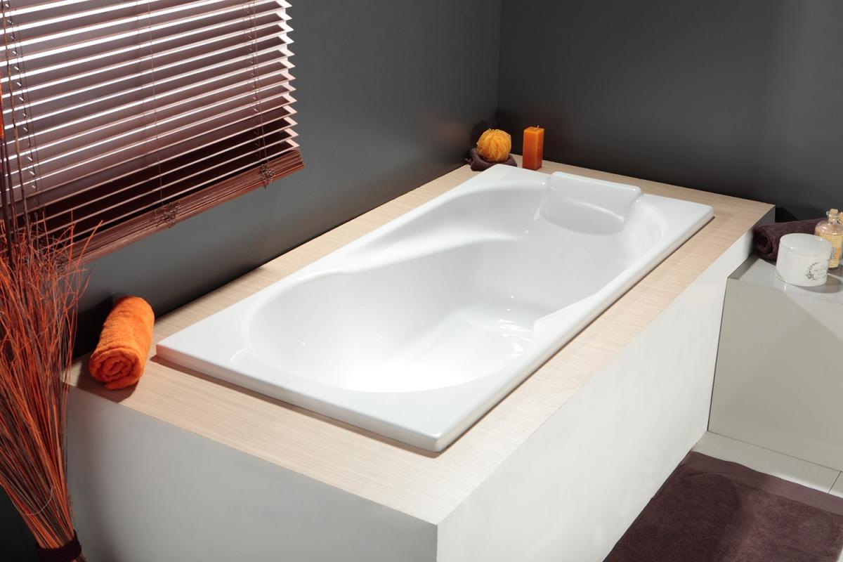 Угловая ванна легкая