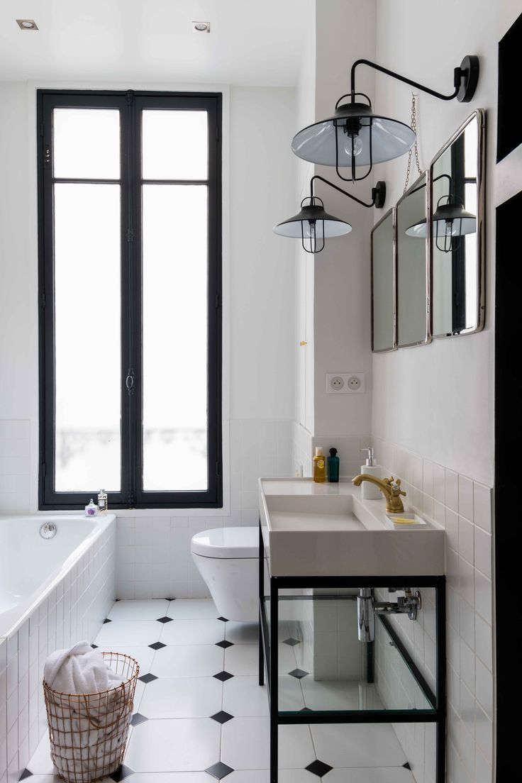 Черно-белая ванная лофт