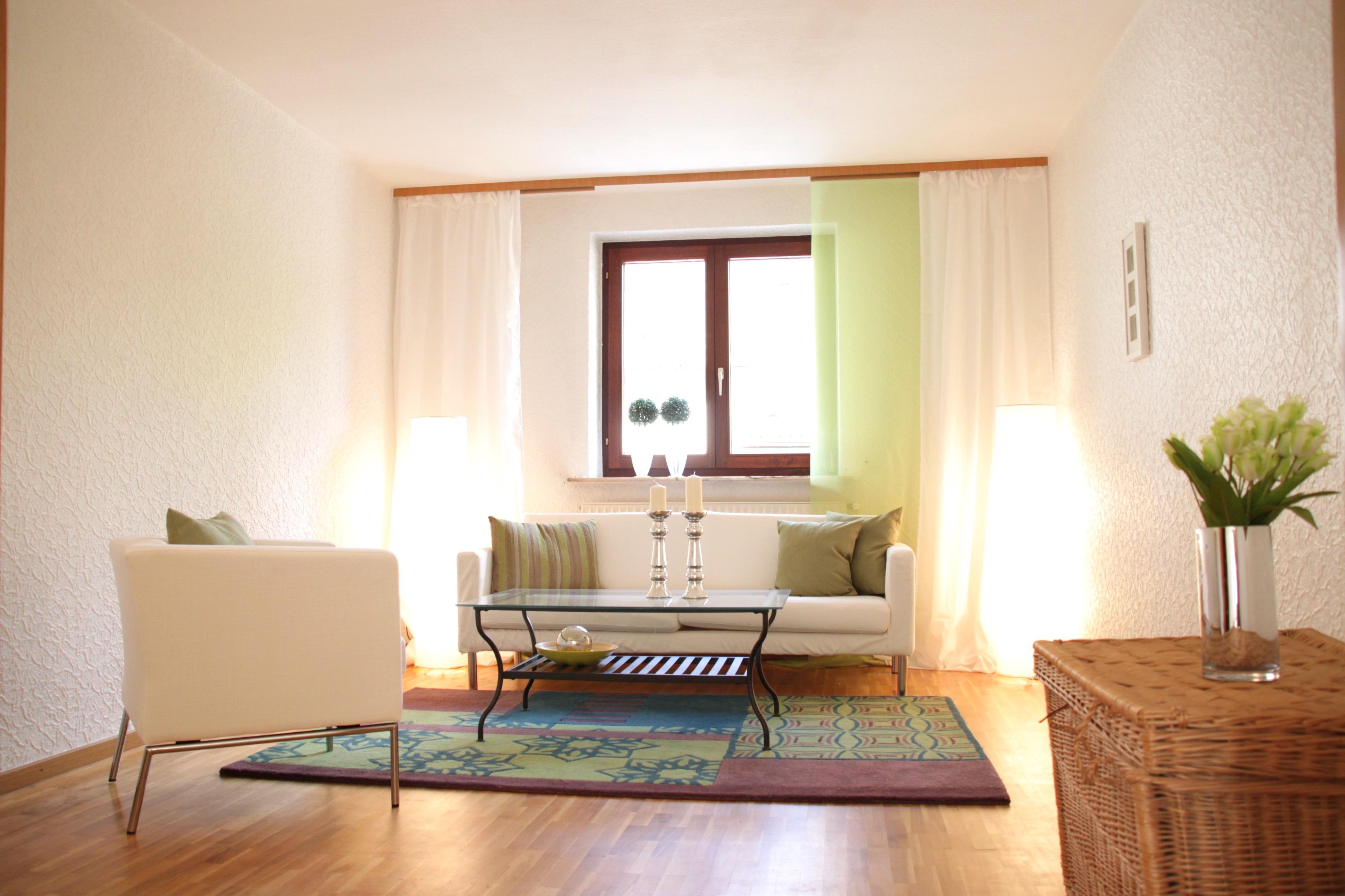 Интерьер квартиры студии с мебелью