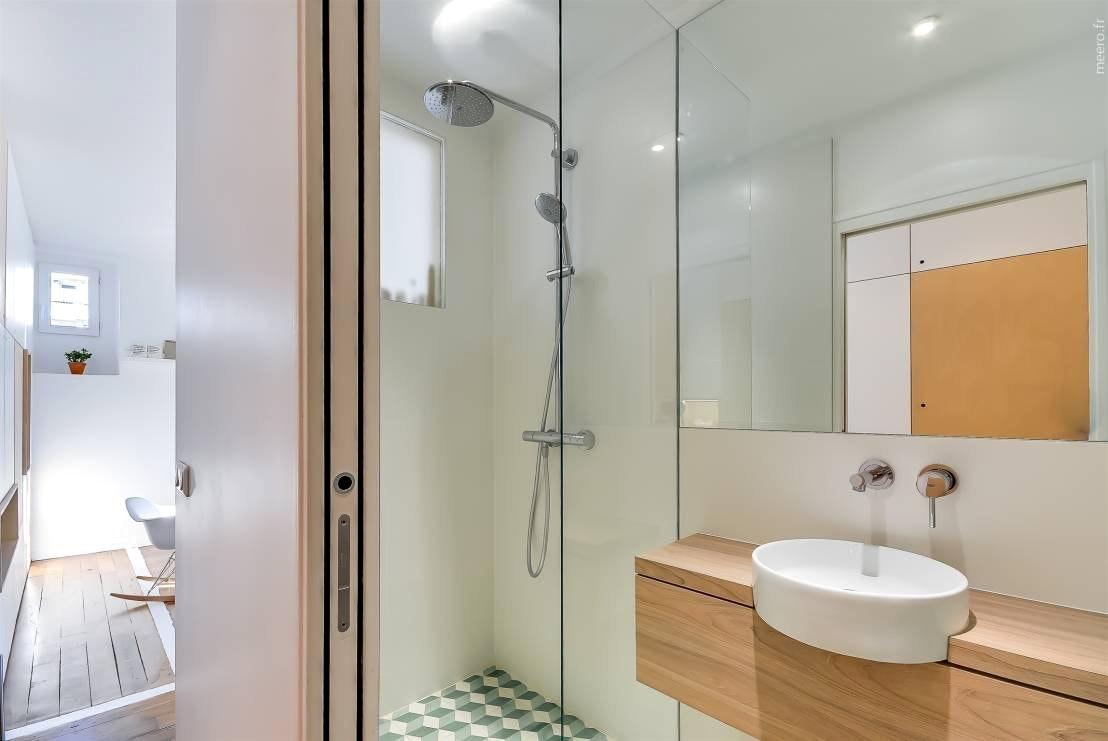 Идеи дизайна маленькой ванной в стиле минимализм