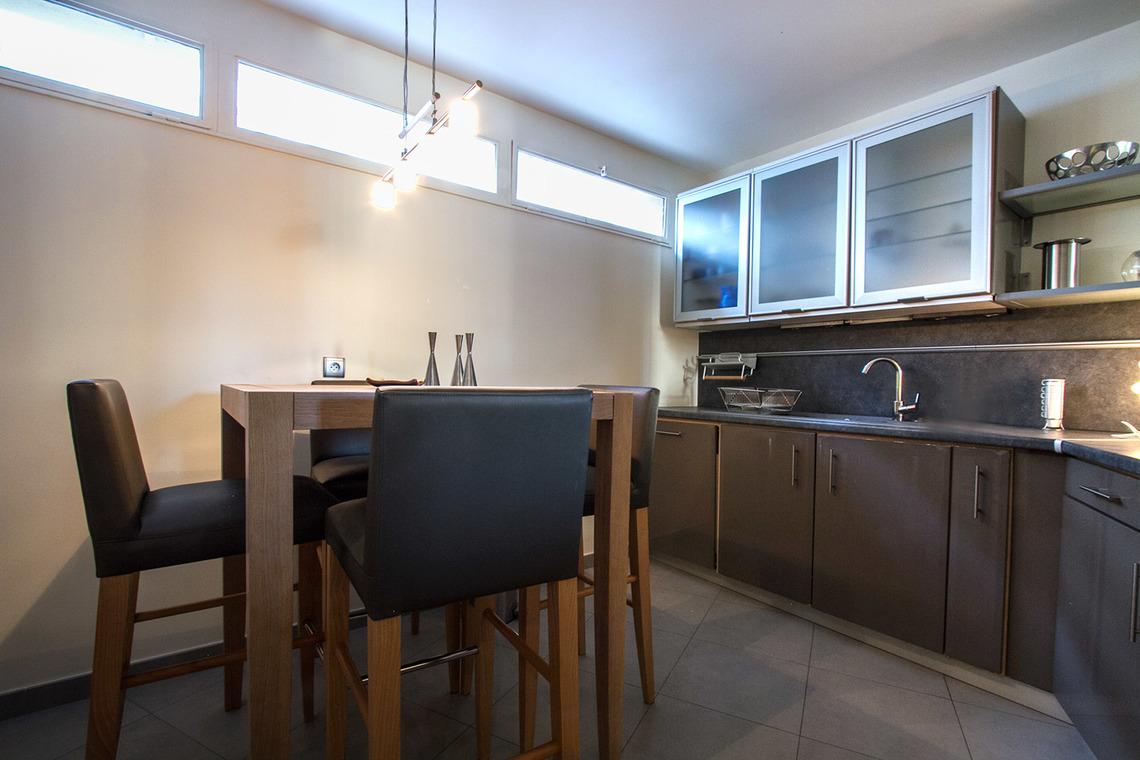 Кухня 9 кв м в стиле модерн