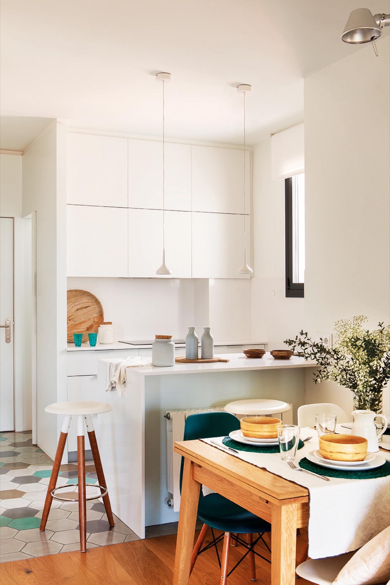 Дизайн маленькой кухни модульной