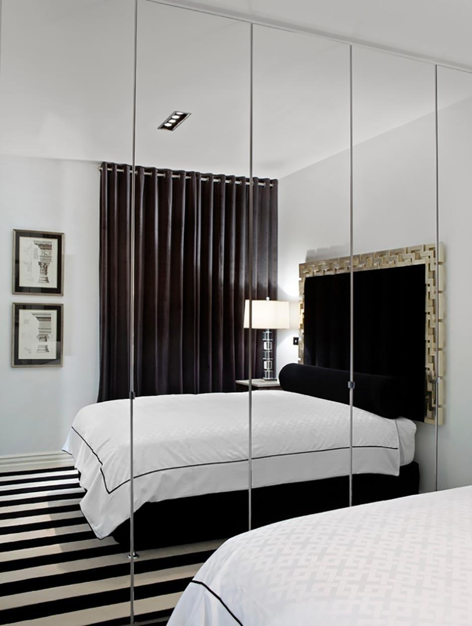 Маленькая спальня в стиле неоклассики
