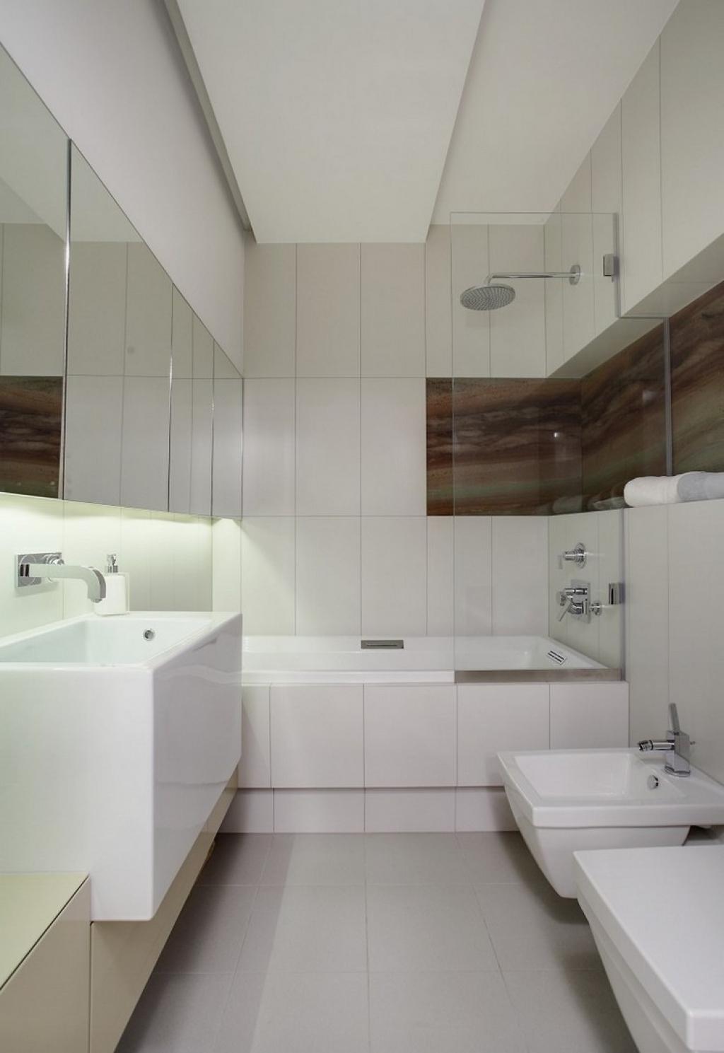 Совмещенная ванная комната с нишей
