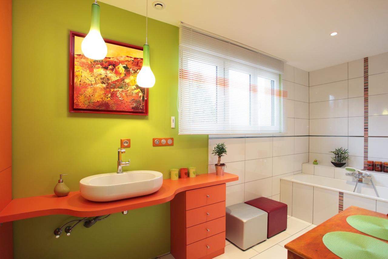 Мебель для ванной оранжевая