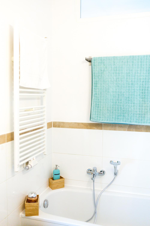 Идеи дизайна маленькой ванной с отделкой
