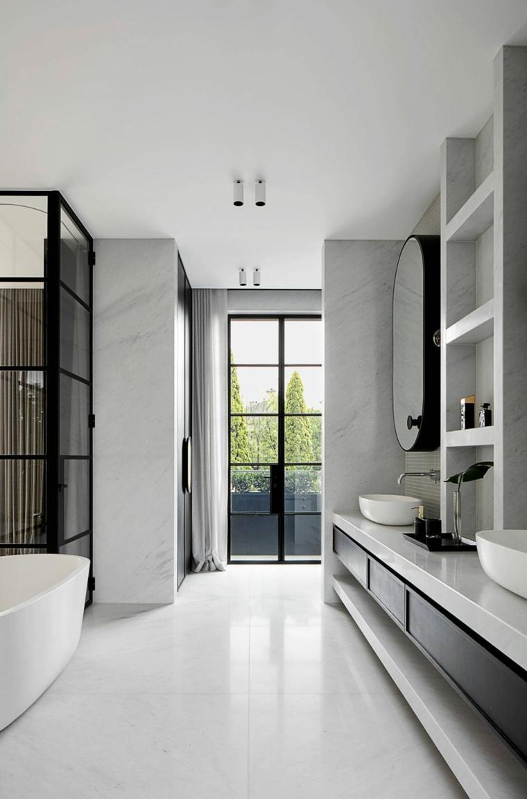 Интерьер ванной с отделкой