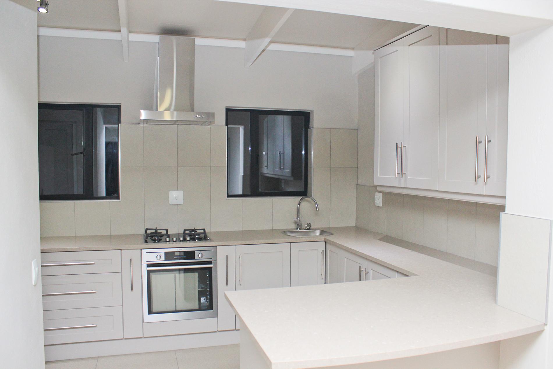 Кухня 9 кв м по периметру