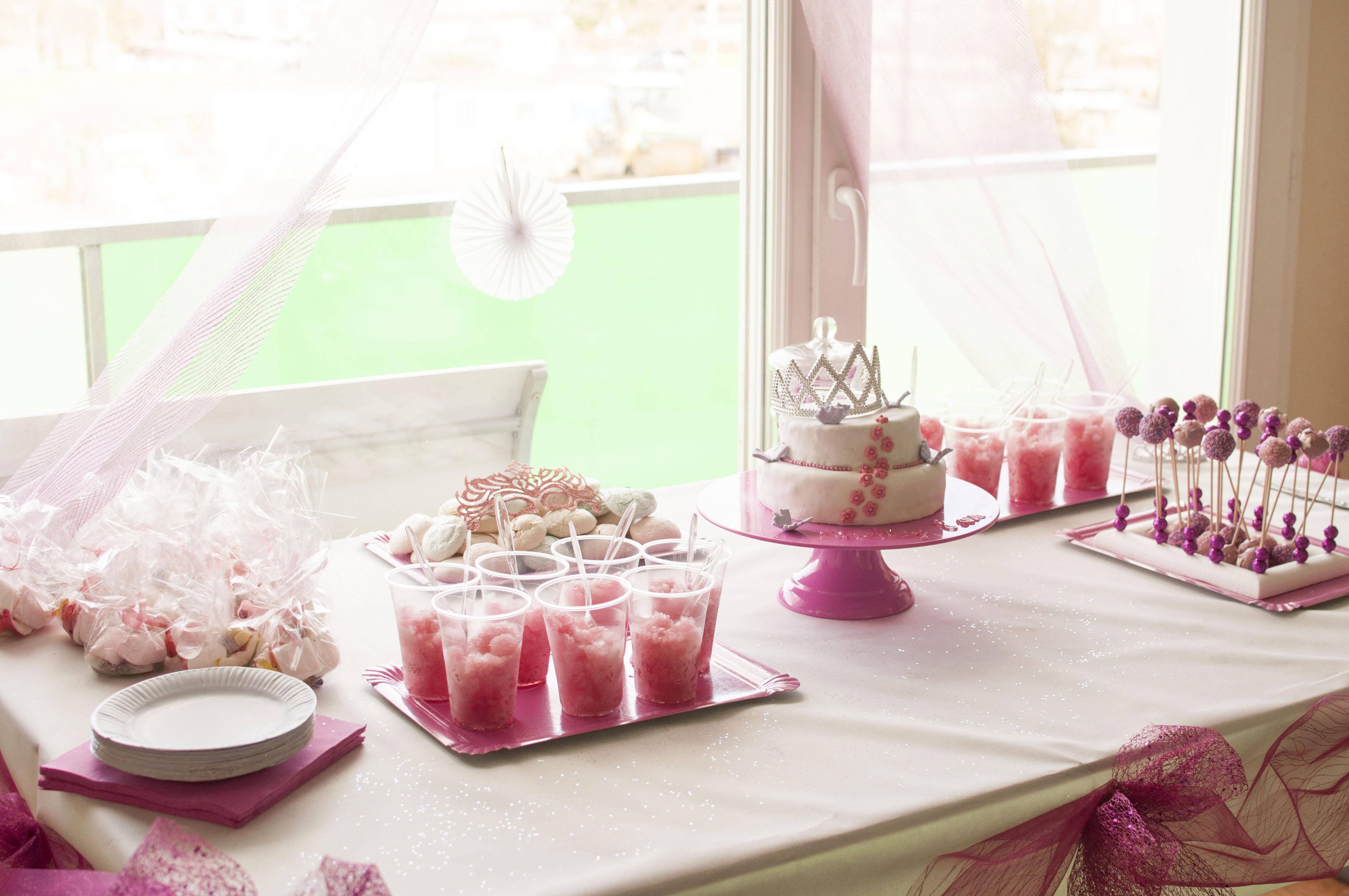 Оформление детского дня рождения в розовом цвете