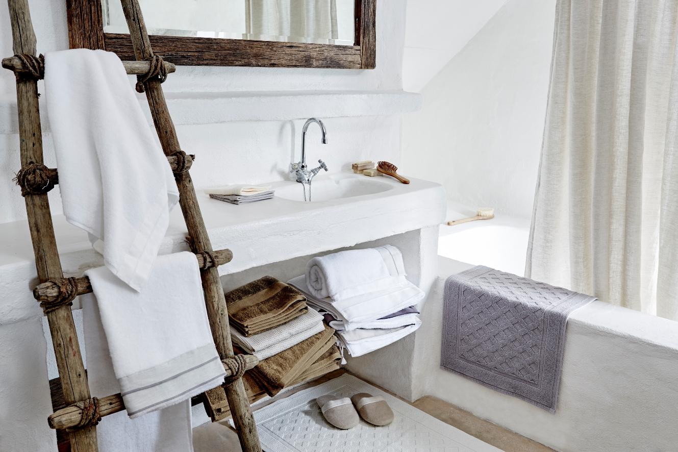 Идеи дизайна маленькой ванной в рустикальном стиле