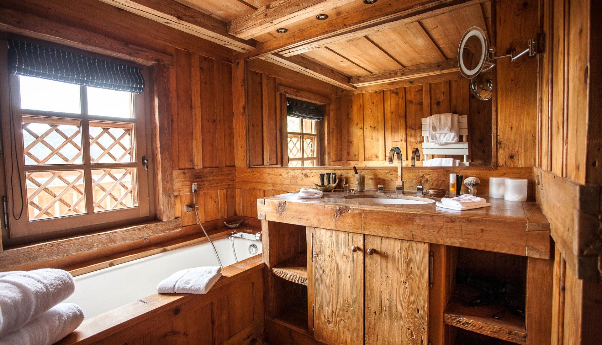 Интерьер ванной в рустикальном стиле