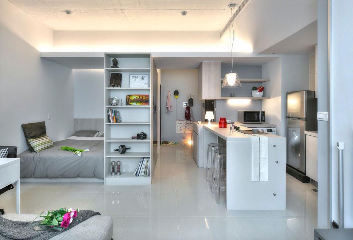 Интерьер квартиры студии серый