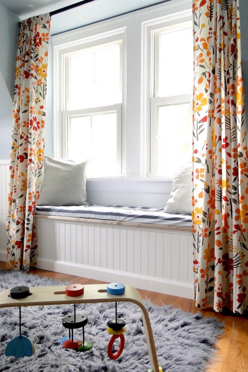 Детская комната в стиле прованс со шторами