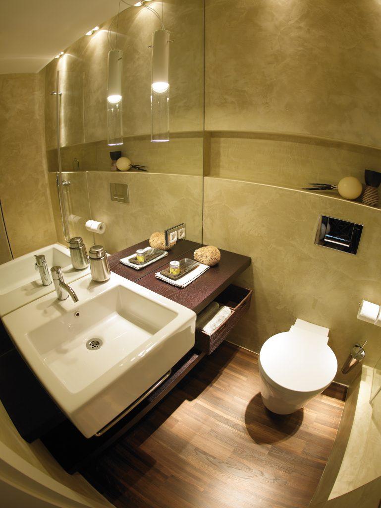 Идеи дизайна маленькой ванной со штукатуркой