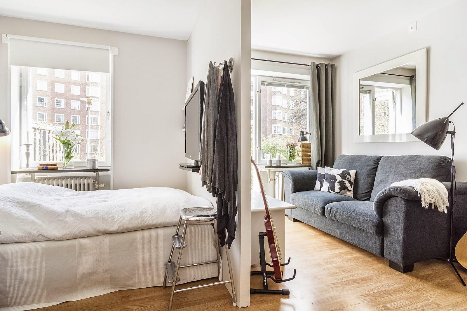 Спальня в однокомнатной квартире в скандинавском стиле