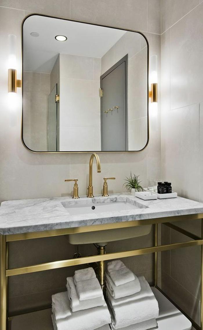 Зеркало в ванную комнату со скругленными углами