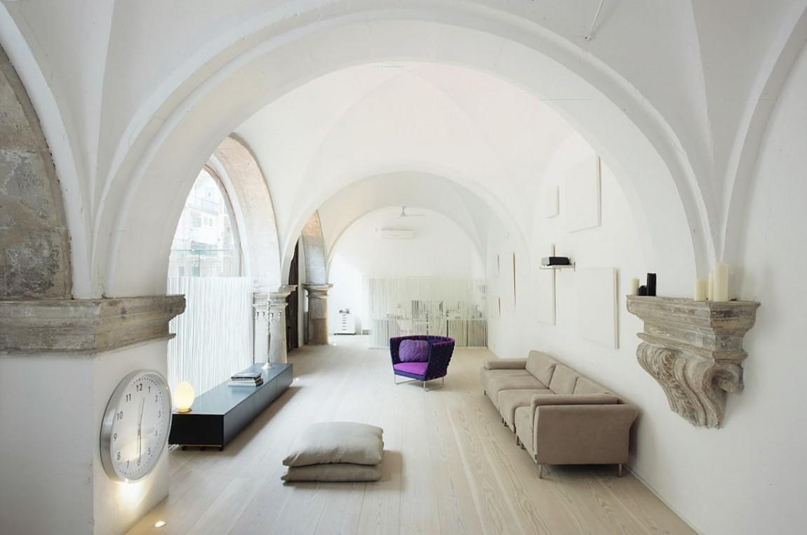 Сводчатый потолок в доме