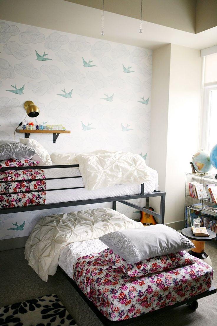 Детская в однокомнатной квартире с кроватью трансформером