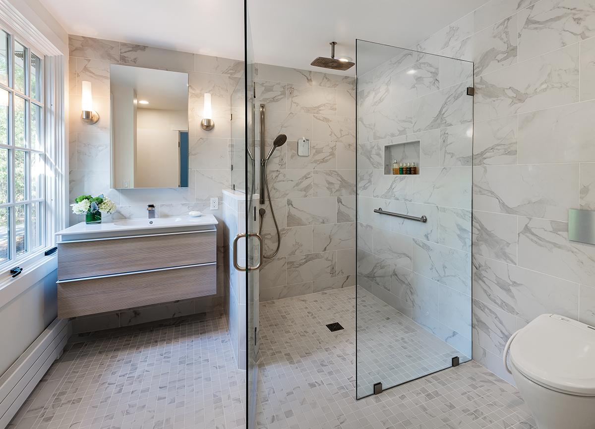 Ванная комната с душевой кабиной: варианты компактной установки (51 фото)