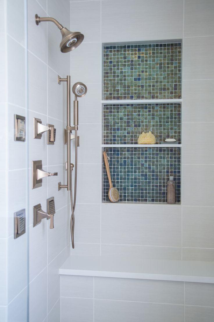 Идеи дизайна маленькой ванной с тропическим душем