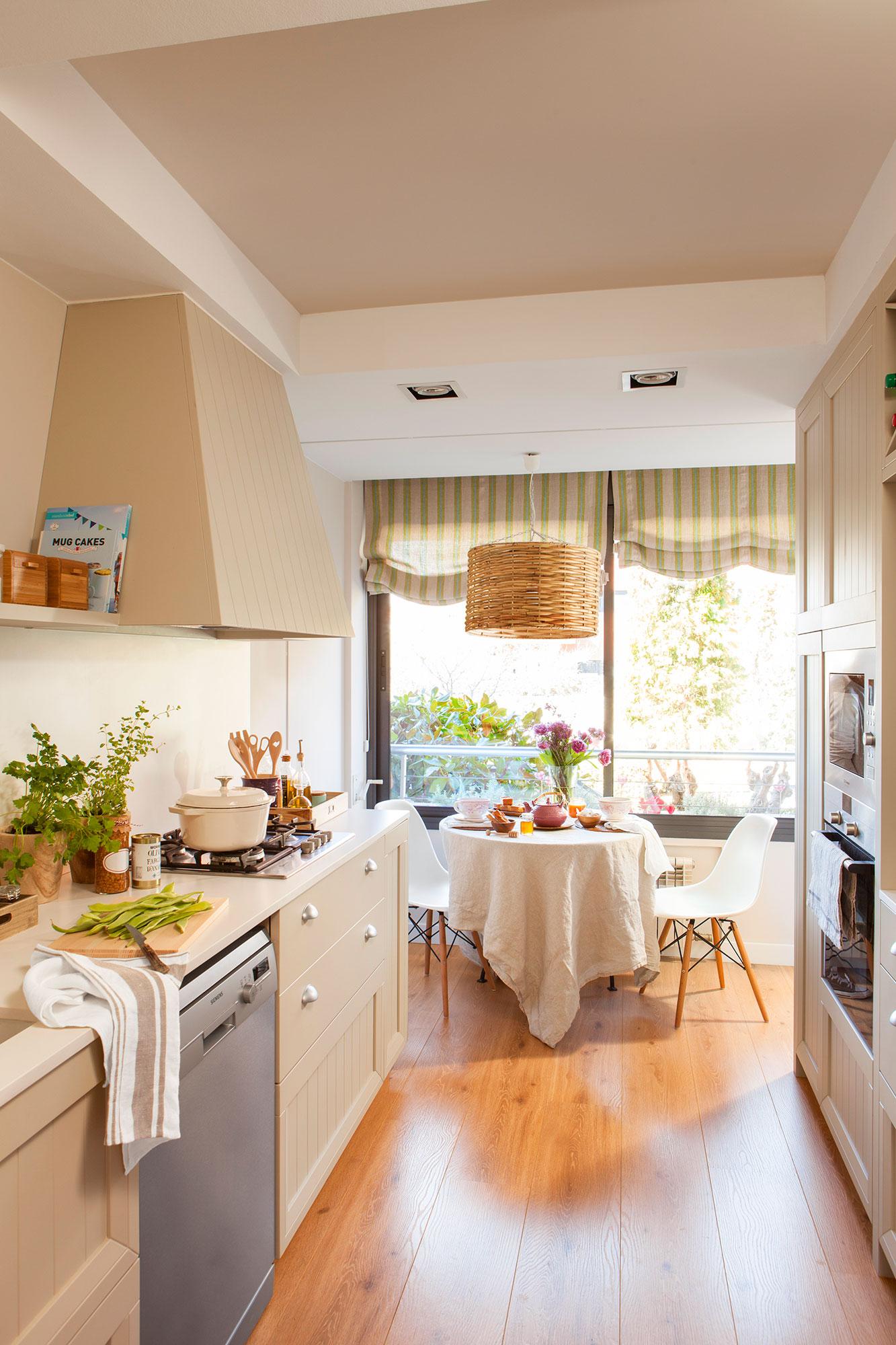 Дизайн маленькой кухни узкой