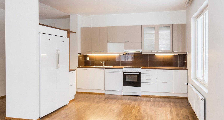 Кухня 9 кв м встроенная