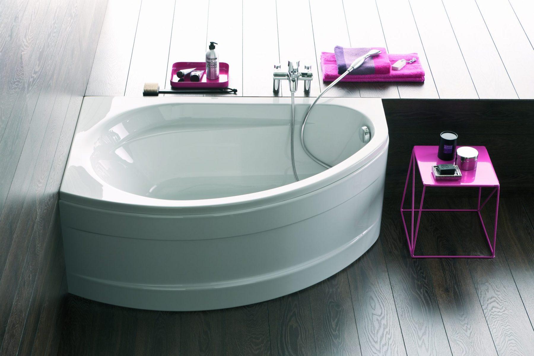 Угловая ванна в японском стиле