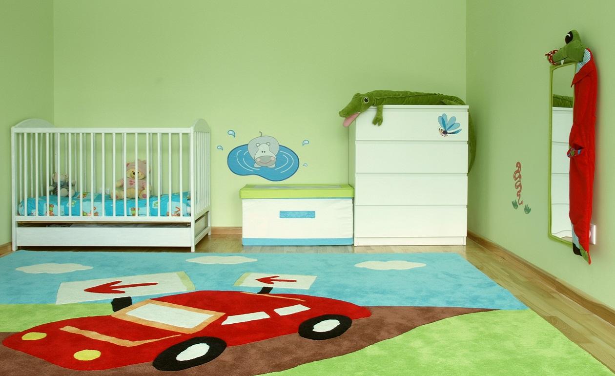 Зеленая детская комната для мальчика