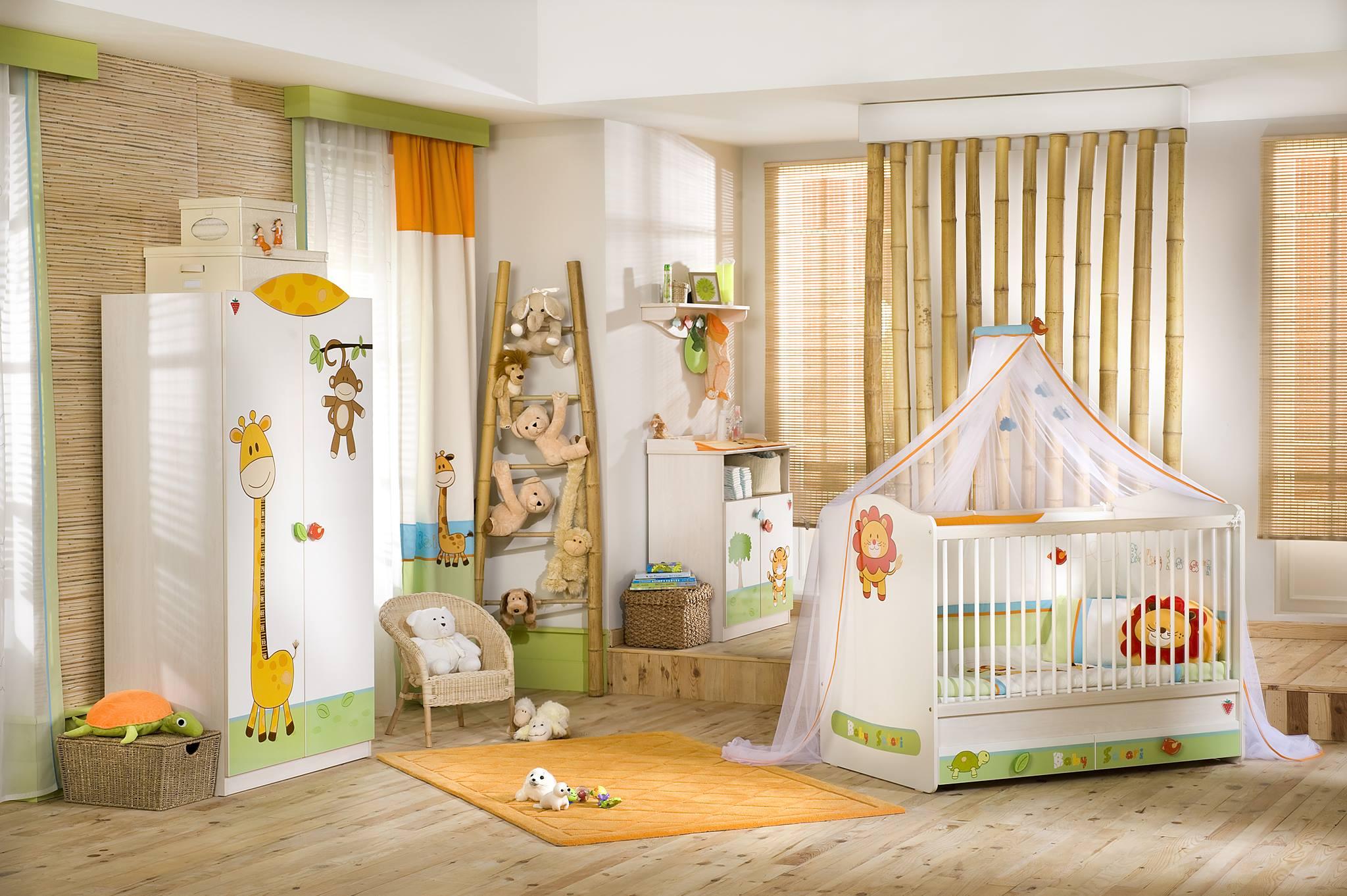Детская комната для мальчика с животными