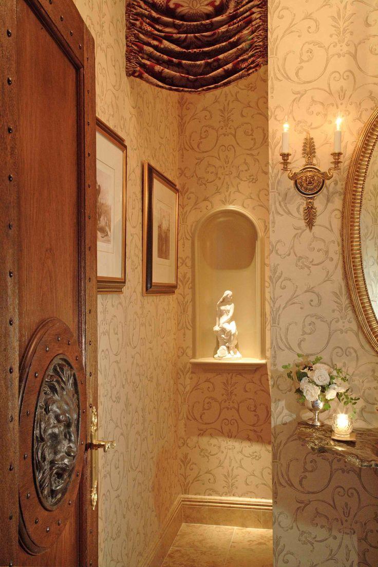 Ниша в комнате в классическом стиле