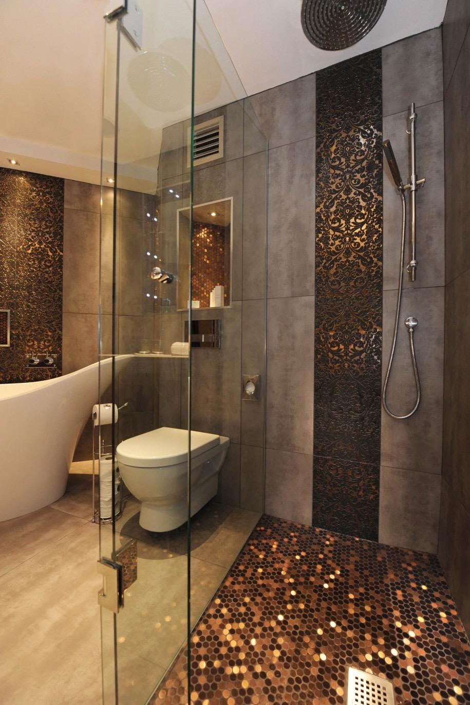 Ванная комната в современном стиле с душем