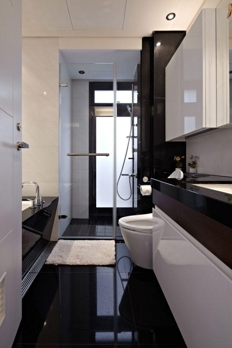 Ванная комната в современном стиле с глянцевой мебелью