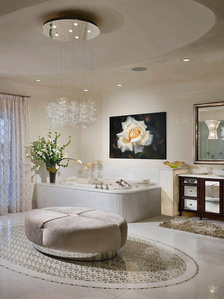 Ванная комната в современном стиле с люстрой