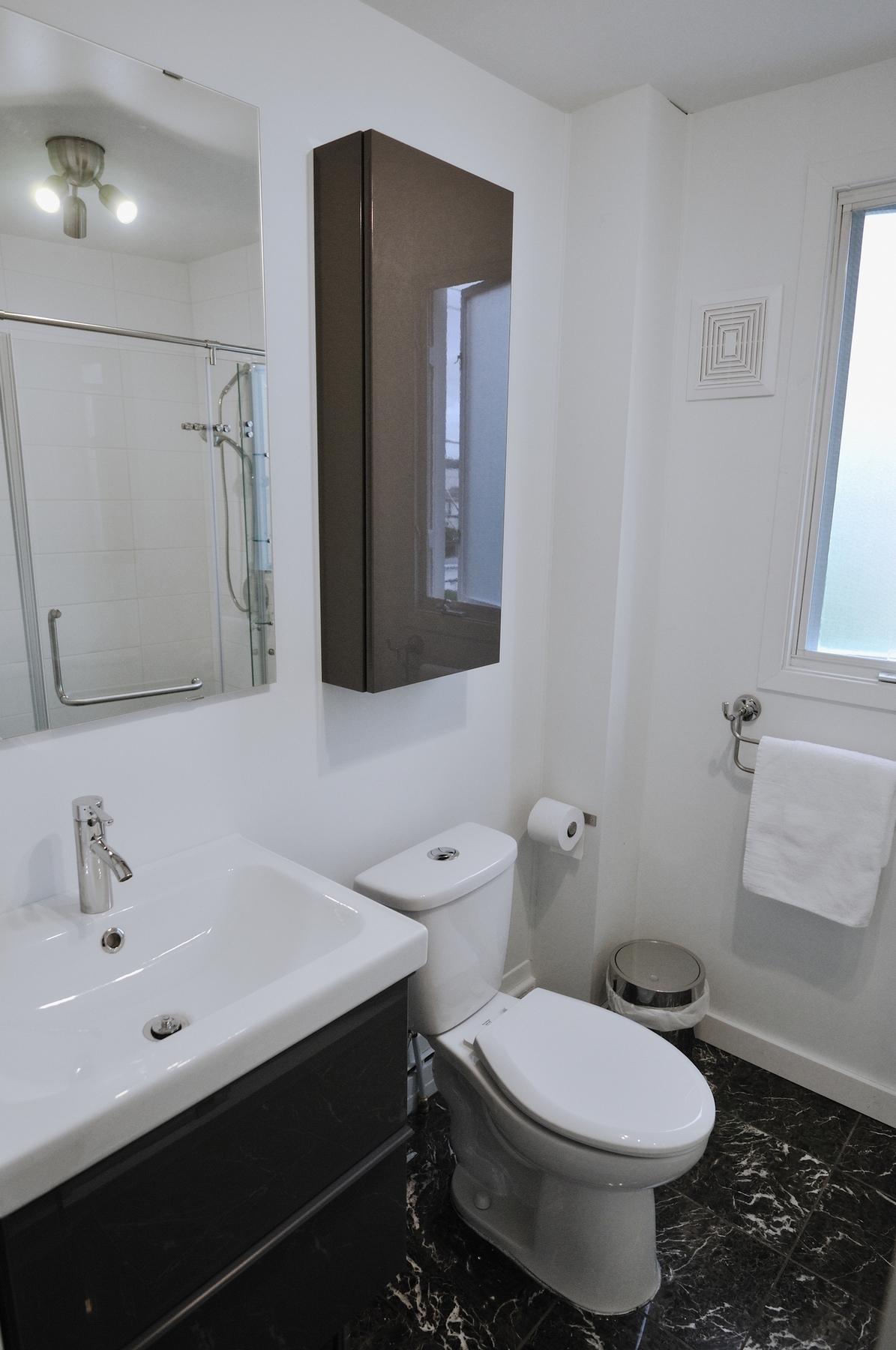 Туалет в современном стиле