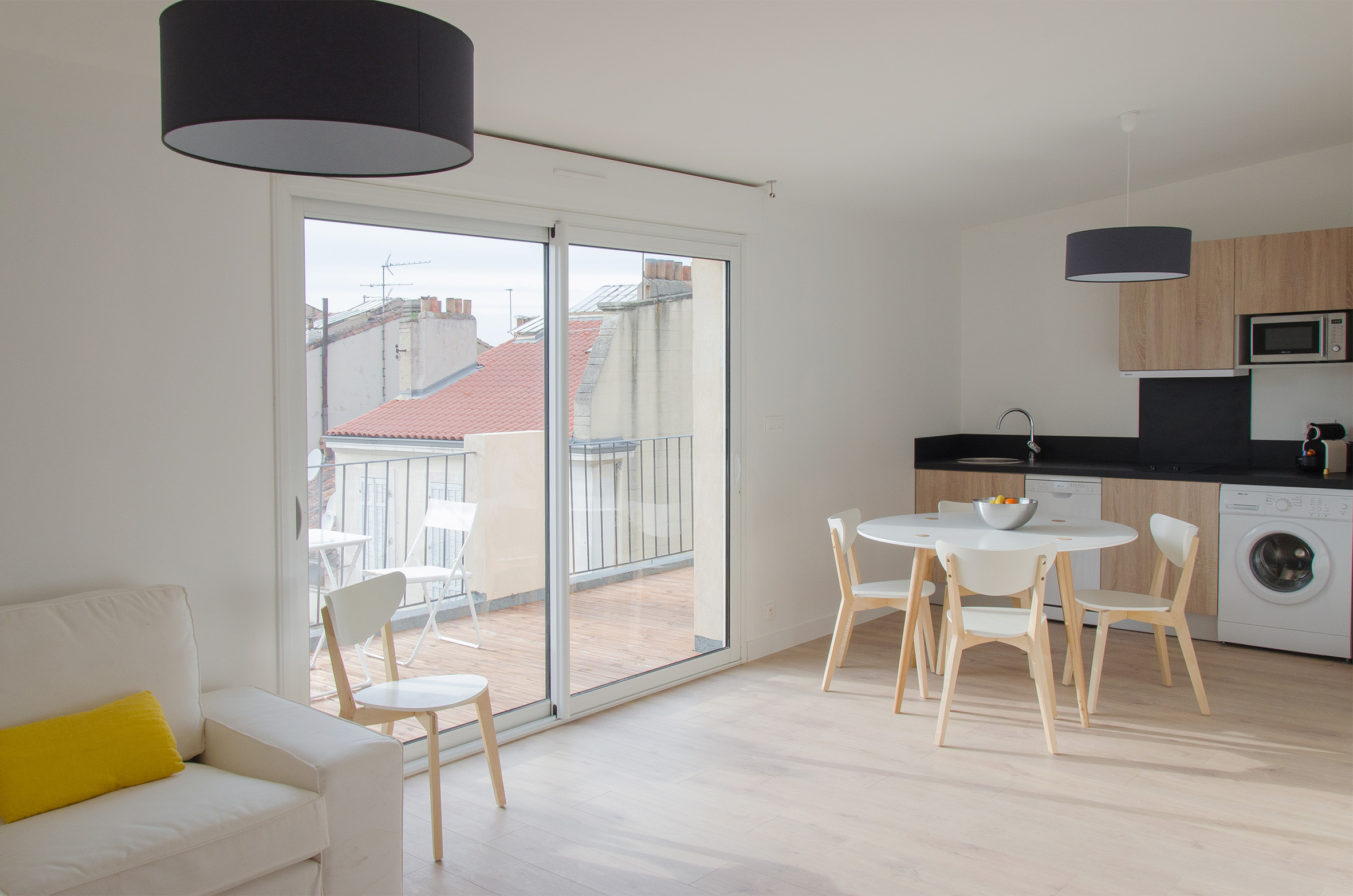 Расстановка мебели в квартире с балконом