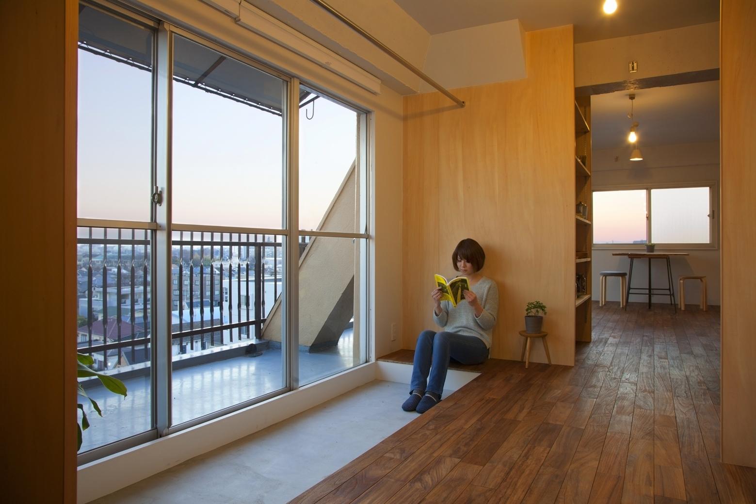Японский интерьер с балконом