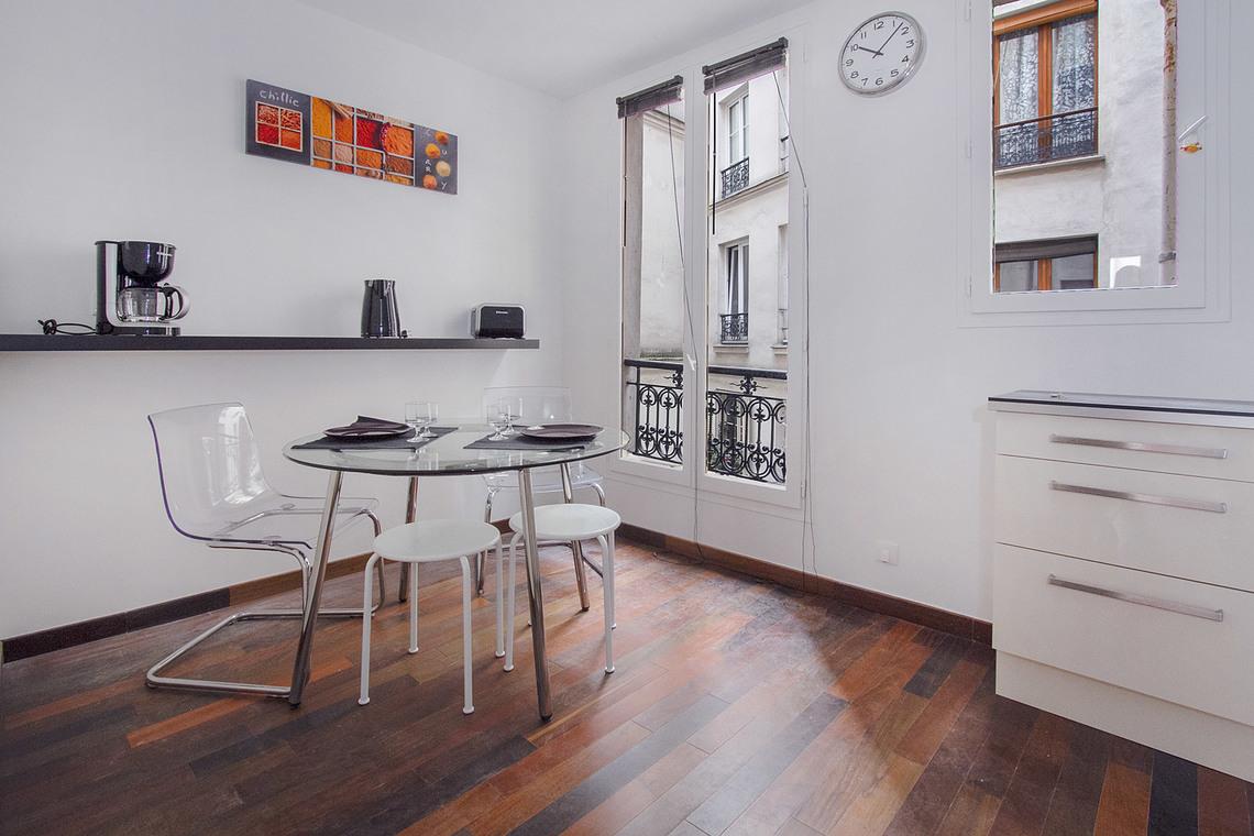 Расстановка мебели в квартире белой