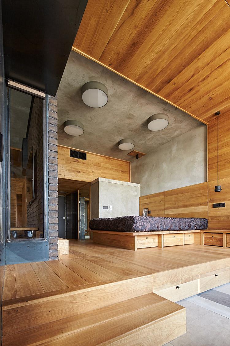 Кровать подиум из дерева